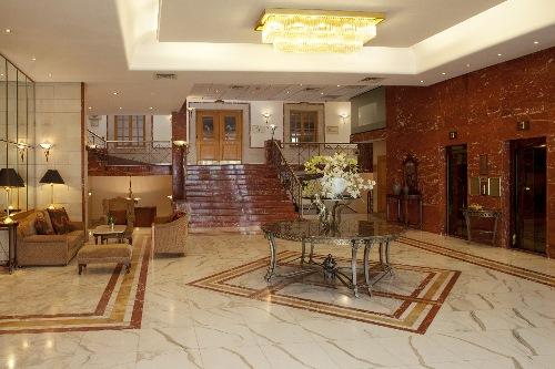 Holiday Inn Nicosia City Center Lobby