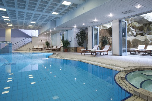 Holiday Inn Nicosia City Center Indoor Pool