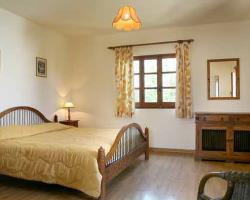 Villa Pomos Med I or Med II Double Bedroom
