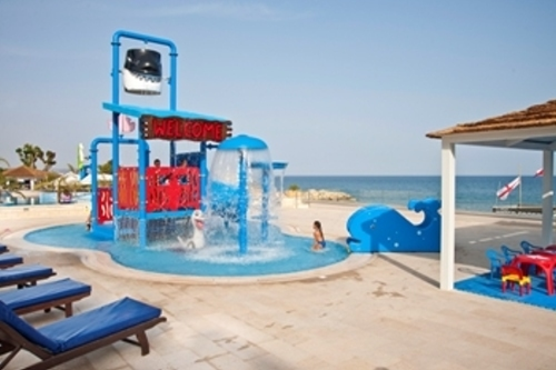 The Royal Apollonia Kids Pool