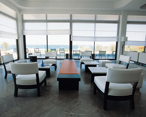 Almyra Helios Lounge