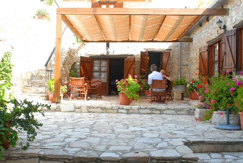 Skarinou Traditional Houses Kosmas House Yard
