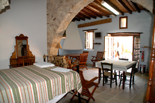 Skarinou Traditional Houses Kosmas Living Area