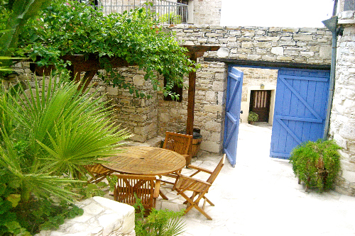 Skarinou Traditional Houses Michalis Two Bedroom Patio