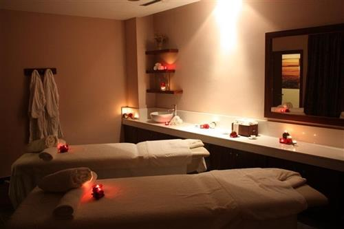 Capital Coast Resort and Spa Treatment Room