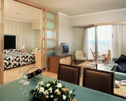Crown Resort Horizon Honeymoon Suite