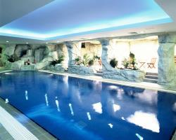 Crown Resort Horizon Indoor Pool