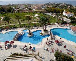 Crown Resort Horizon Pool