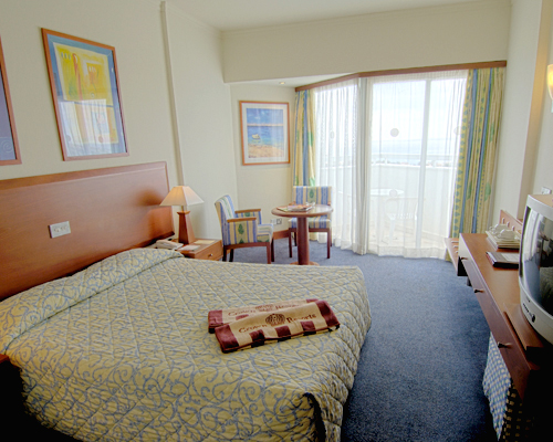Crown Resort Horizon Room