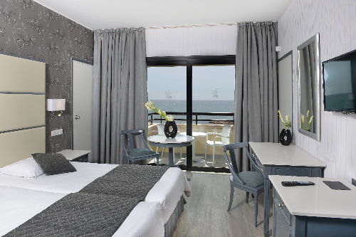 Palm Beach Hotel Superior Sea View Room