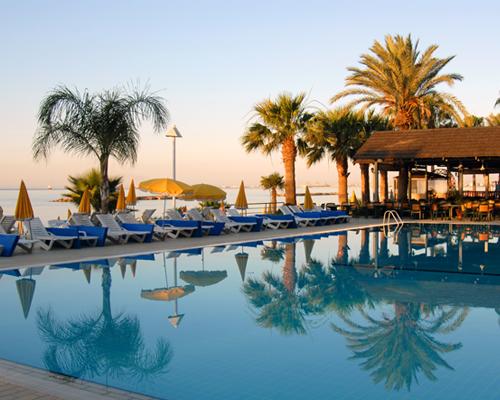 Palm Beach Hotel Pool And Tavern