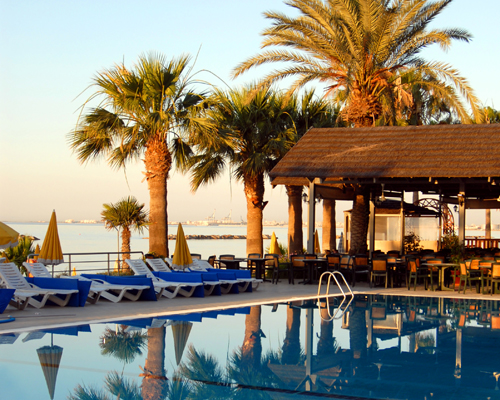 Palm Beach Hotel Seabreeze Tavern