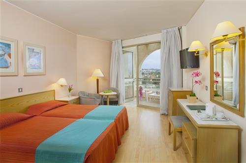 Golden Coast Hotel Standard Room