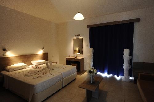 Cosmelenia Apartments Bedroom
