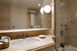 Annabelle Inland View Room Bathroom