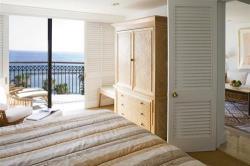 Annabelle One Bedroom Deluxe Bedroom