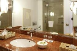 Annabelle Terrace Sea View Bathroom