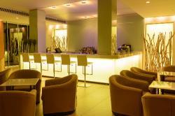 Capo Bay Hotel Bar 2