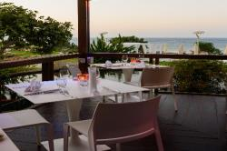 Capo Bay Hotel KOI Bar evening