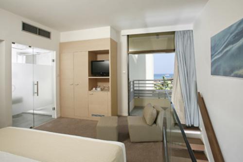 Capo Bay Hotel Duplex Room Upper Level