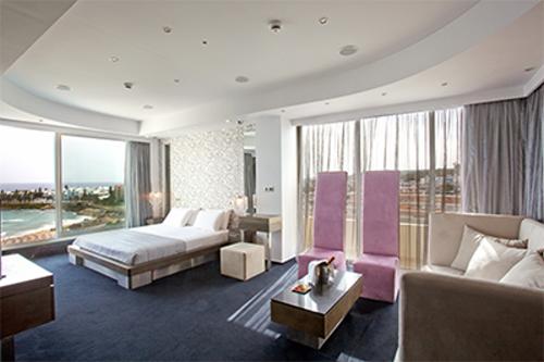 Capo Bay Hotel Executive Suite a