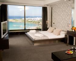 Capo Bay Junior Suite