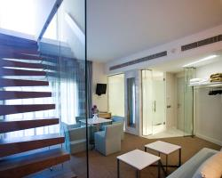 Capo Bay Hotel Duplex Garden Suite