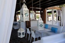 Capo Bay Hotel Koi Bar 6