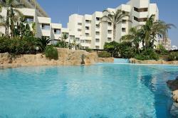 Capo Bay Hotel Pool & Superior Wing