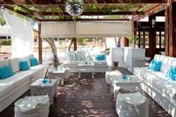 Capo Bay Hotel Koi Bar 9