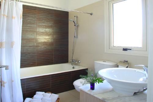 Artisan Resort House 14 Bathroom