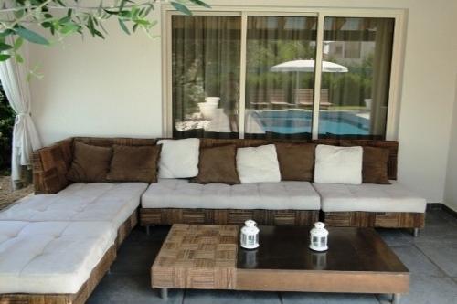 Villa Sea Breeze A Comfortable outdoor living room