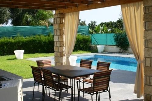 Villa Sea Breeze A Outside dining