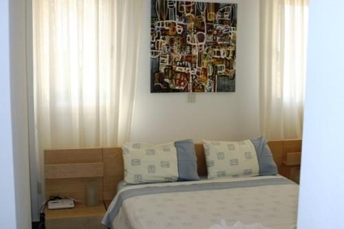 Villa Sea Breeze A Double bedroom with shower