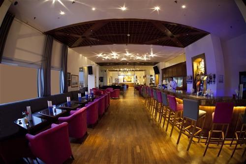 St. Raphael Resort Captain's Bar