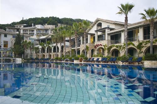 Columbia Beach Resort Pool Inland View