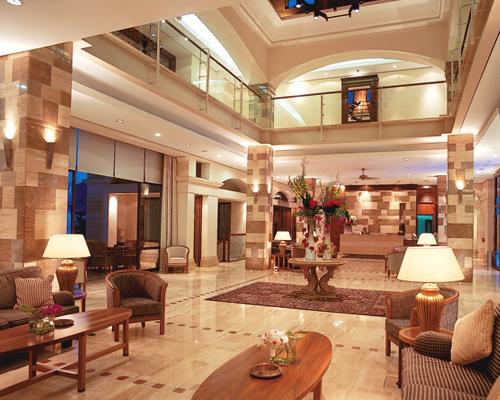 Columbia Beach Resort Lobby
