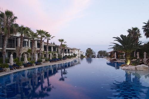 Columbia Beach Resort Pool and Suites Dusk