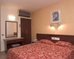 Alva Hotel Apartments Bedroom