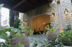 Elysium Hotel Bacco Courtyard