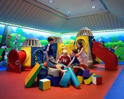 Four Seasons Hotel Kindergarten