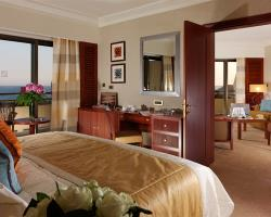 Four Seasons Hotel Family Sea View Suite