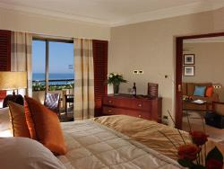 Four Seasons Hotel Family Suite